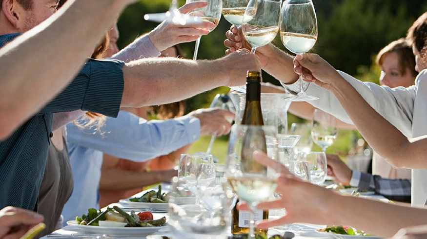 The smart gent's guide to entertaining